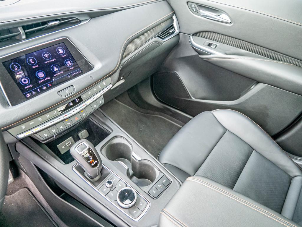 Cadillac XT4