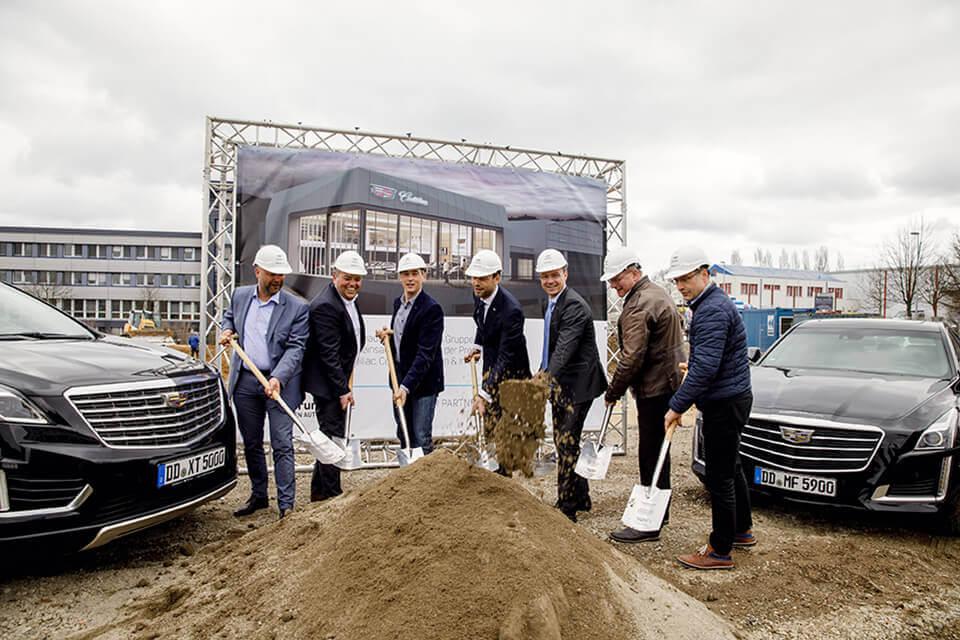 Spatenstich am neuen Autohaus der mobilforum Gruppe in Dresden-Kesselsdorf